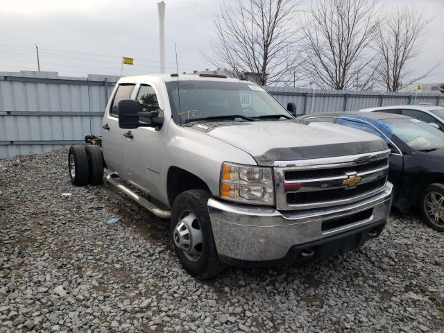 Salvage cars for sale from Copart Ontario Auction, ON: 2011 Chevrolet Silverado