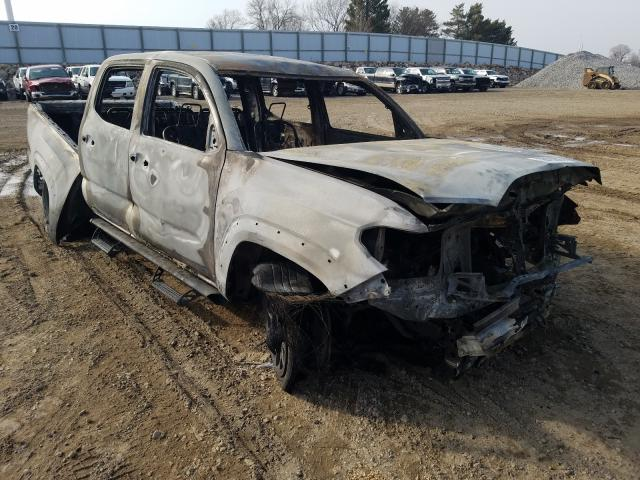 Salvage cars for sale from Copart Avon, MN: 2018 Toyota Tacoma