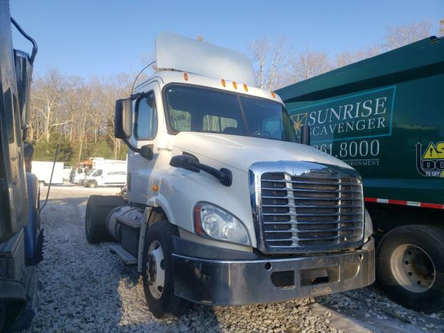 Salvage cars for sale from Copart West Warren, MA: 2014 Freightliner Cascadia