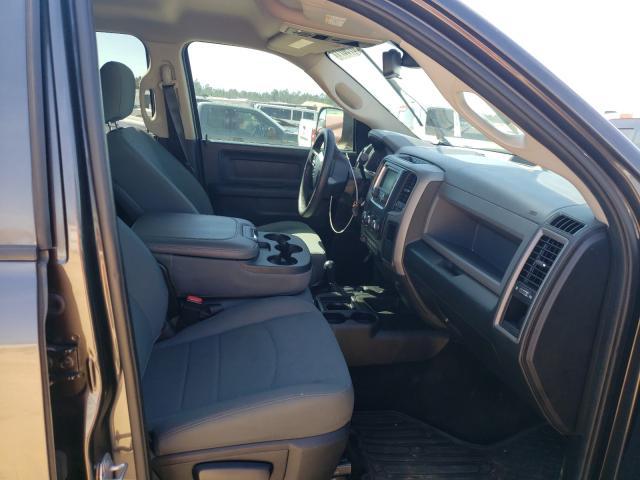 2016 RAM 3500 ST - Left Rear View