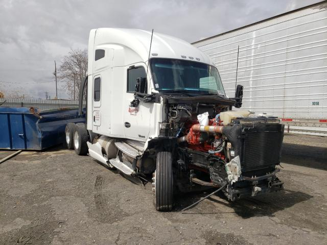 Salvage cars for sale from Copart Bakersfield, CA: 2015 Kenworth Construction