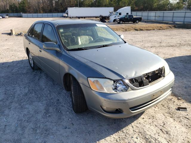 Salvage cars for sale from Copart Charles City, VA: 2001 Toyota Avalon XL