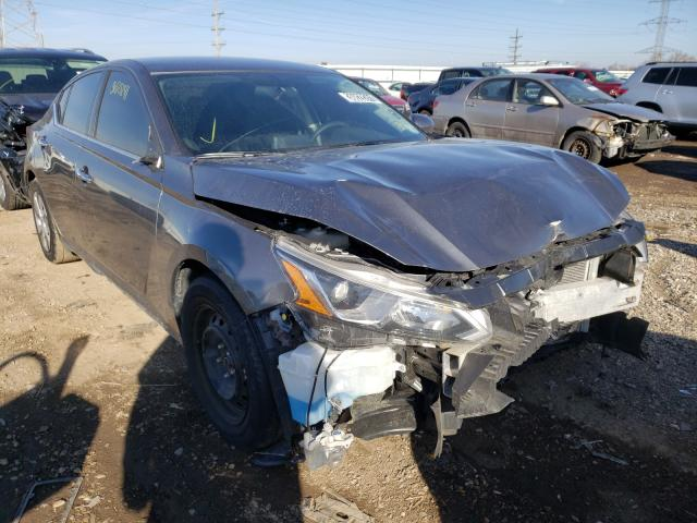 Salvage cars for sale from Copart Elgin, IL: 2020 Nissan Altima S