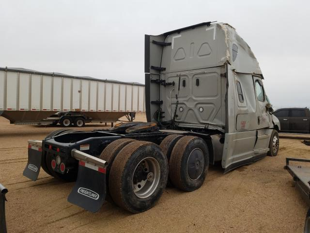 2021 FREIGHTLINER CASCADIA 1 - Right Rear View