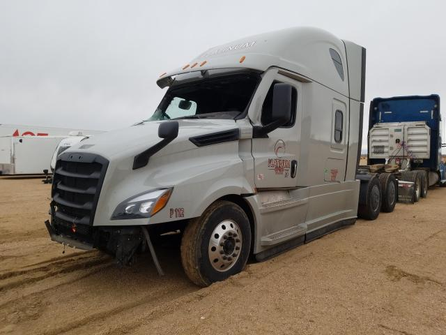 2021 FREIGHTLINER CASCADIA 1 - Left Front View