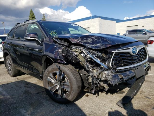 Salvage cars for sale from Copart Rancho Cucamonga, CA: 2021 Toyota Highlander