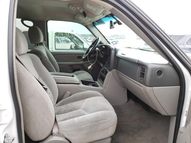 2005 CHEVROLET AVALANCHE - Left Rear View