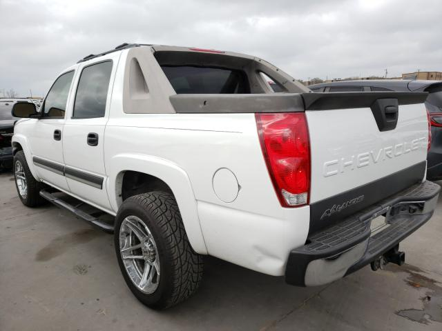 2005 CHEVROLET AVALANCHE - Right Front View