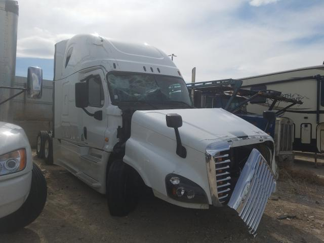 Salvage cars for sale from Copart Magna, UT: 2016 Freightliner Cascadia 1