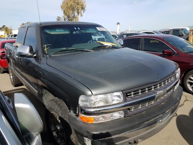Salvage cars for sale from Copart Martinez, CA: 2002 Chevrolet Silverado