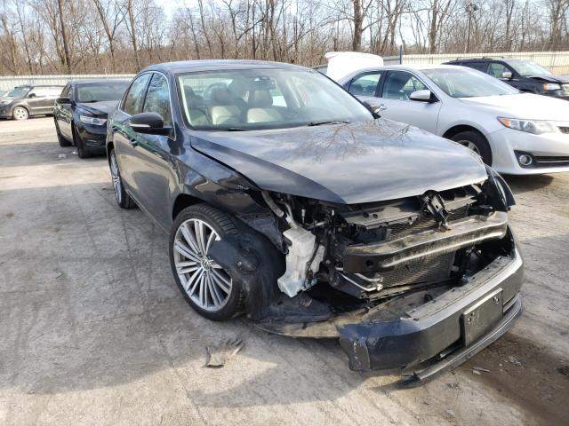 Salvage cars for sale from Copart Ellwood City, PA: 2015 Volkswagen Passat SE