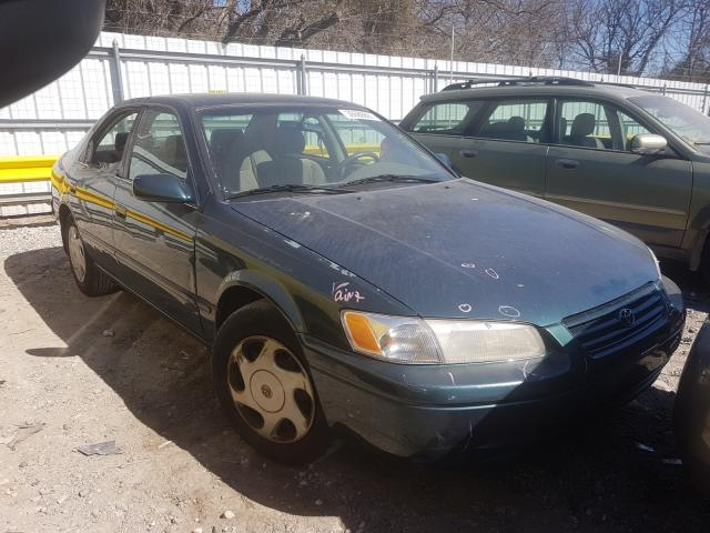 Salvage cars for sale from Copart Glassboro, NJ: 1998 Toyota Camry CE