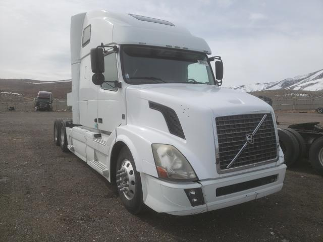 Salvage cars for sale from Copart Reno, NV: 2012 Volvo VN VNL