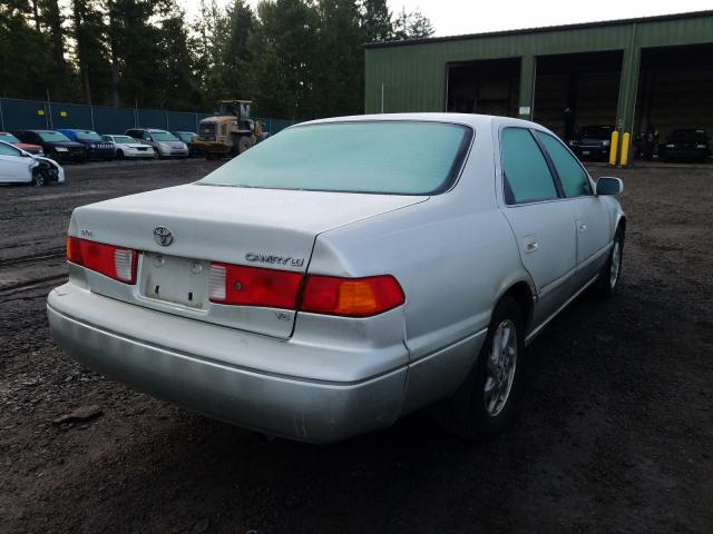 2000 TOYOTA CAMRY - Right Rear View