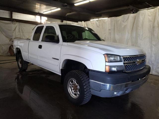 Salvage cars for sale from Copart Ebensburg, PA: 2005 Chevrolet Silverado