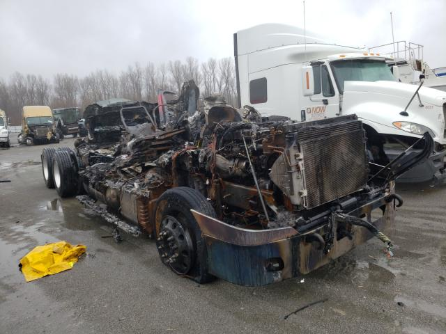 Salvage cars for sale from Copart Alorton, IL: 2013 Freightliner Cascadia 1
