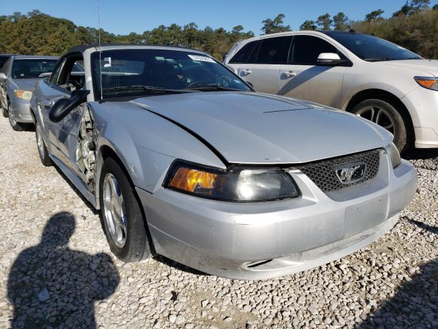 2004 FORD MUSTANG - Left Front View