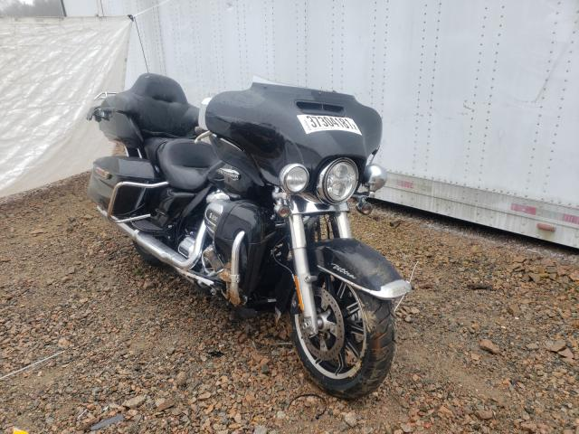 Salvage cars for sale from Copart Charles City, VA: 2019 Harley-Davidson Flhtcu