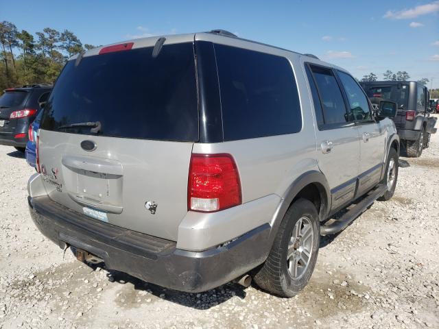 2004 FORD EXPEDITION - Right Rear View