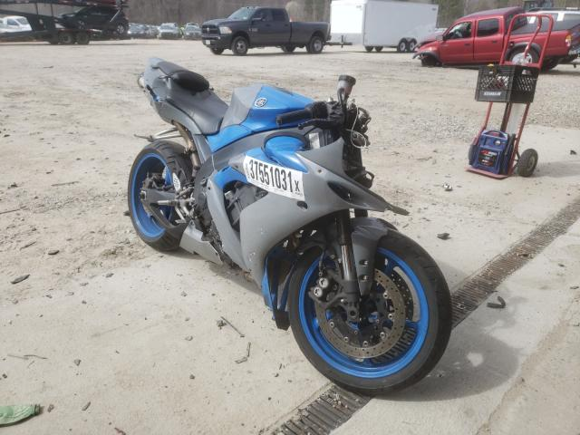 2006 YAMAHA YZF-R1 - Left Front View