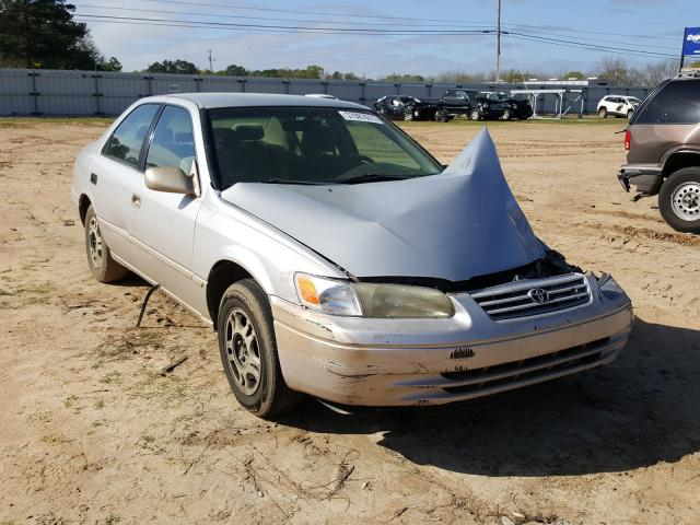Salvage cars for sale from Copart Newton, AL: 1998 Toyota Camry CE