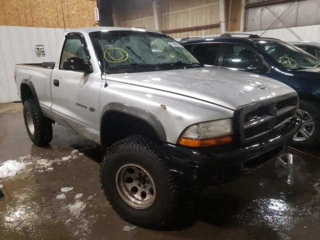 Salvage cars for sale from Copart Anchorage, AK: 2002 Dodge Dakota Base