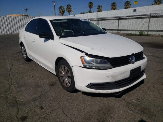 Salvage cars for sale from Copart Colton, CA: 2012 Volkswagen Jetta Base