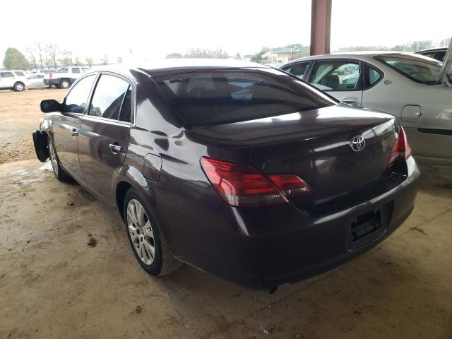 2008 TOYOTA AVALON XL - Right Front View