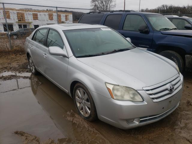 Salvage cars for sale from Copart Madison, WI: 2005 Toyota Avalon XL