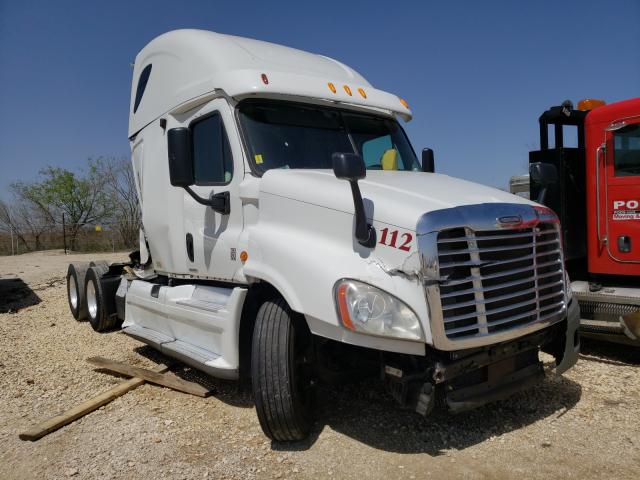 Salvage cars for sale from Copart San Antonio, TX: 2012 Freightliner Cascadia 1