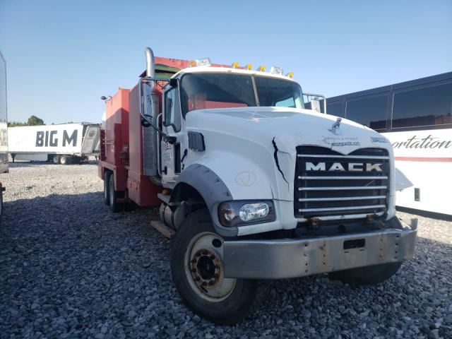Mack salvage cars for sale: 2007 Mack 700 CTP700