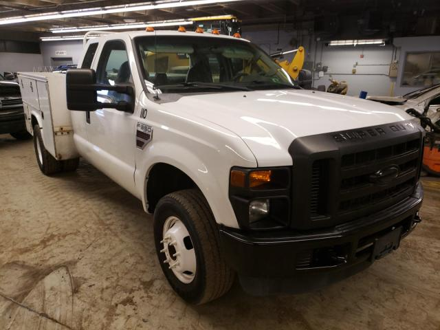 Salvage trucks for sale at Wheeling, IL auction: 2009 Ford F350 Super