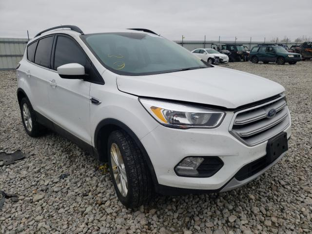 Salvage cars for sale from Copart Appleton, WI: 2018 Ford Escape SE