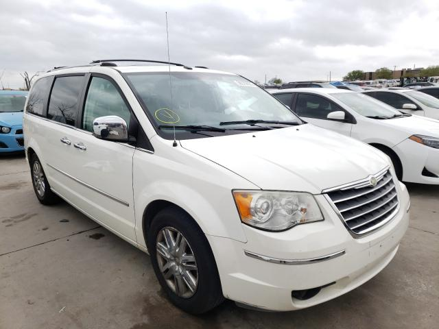 2009 Chrysler Town & Country for sale in Grand Prairie, TX