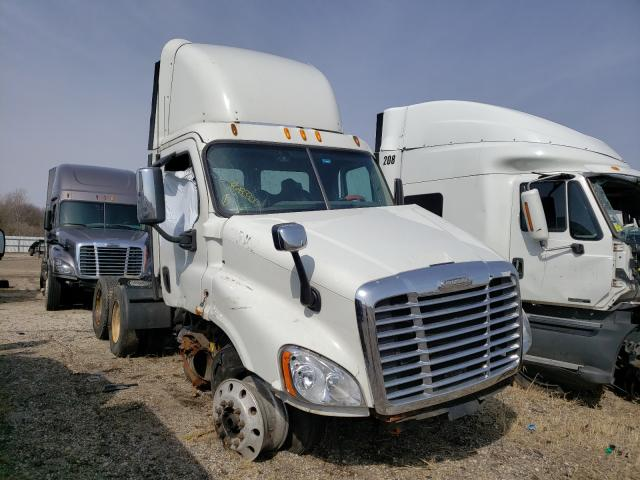 Salvage trucks for sale at Elgin, IL auction: 2013 Freightliner Cascadia 1