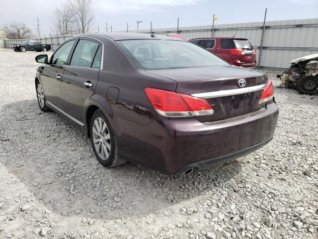 2011 TOYOTA AVALON BAS - Right Front View