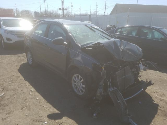 Salvage cars for sale from Copart Hammond, IN: 2017 Chevrolet Sonic LT