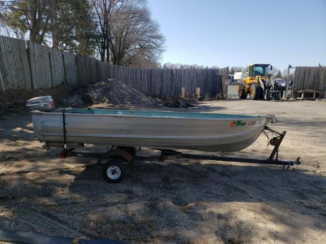 Salvage boats for sale at Ham Lake, MN auction: 1976 Alumacraft Fishing BO