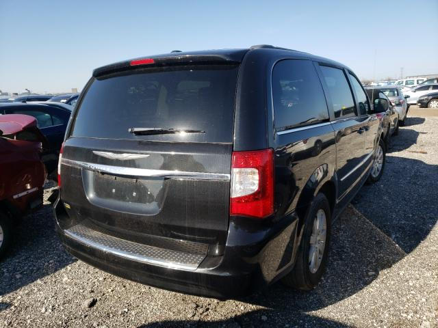 2014 CHRYSLER TOWN & COU - Right Rear View