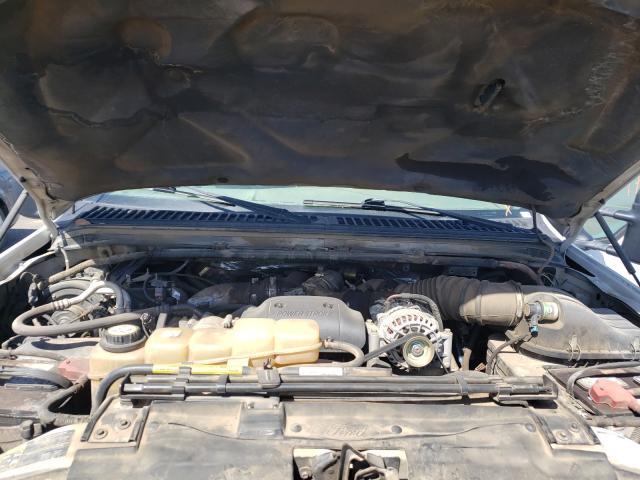 2002 FORD F250 SUPER - Interior View