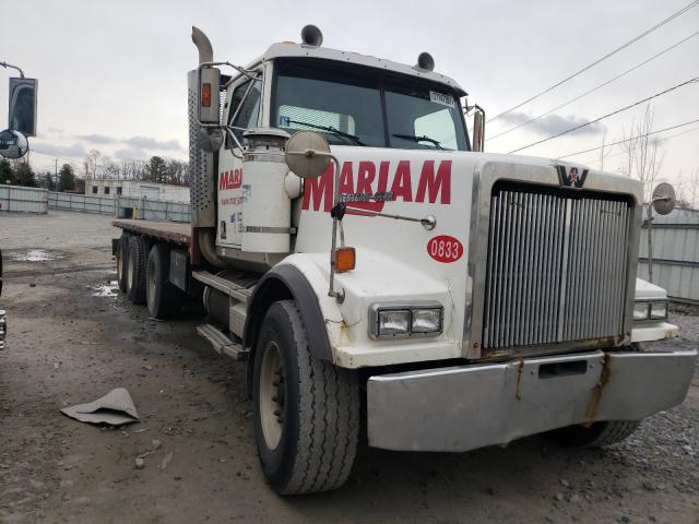 Salvage cars for sale from Copart Albany, NY: 2004 Western Star Convention