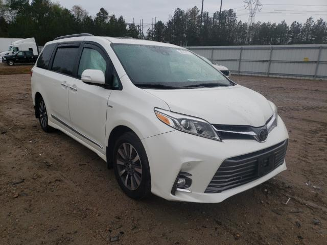 Salvage cars for sale from Copart Charles City, VA: 2018 Toyota Sienna XLE