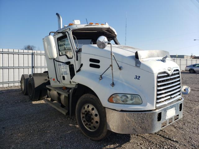 Mack salvage cars for sale: 2004 Mack 600 CX600