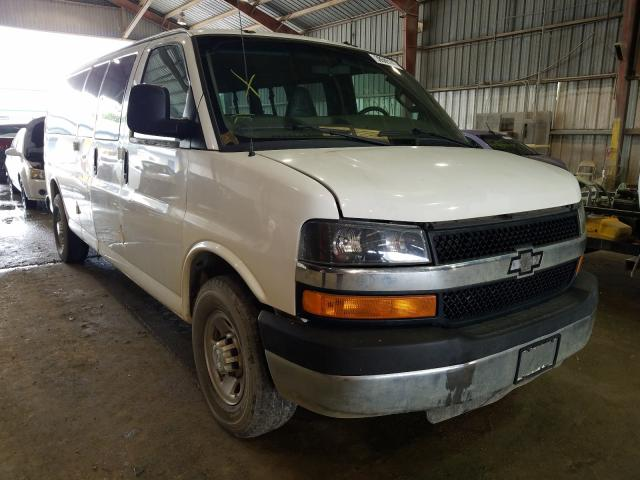 Salvage cars for sale from Copart Greenwell Springs, LA: 2016 Chevrolet Express G3