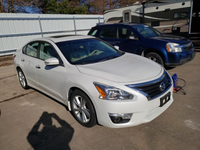 Salvage cars for sale from Copart Eldridge, IA: 2013 Nissan Altima 2.5