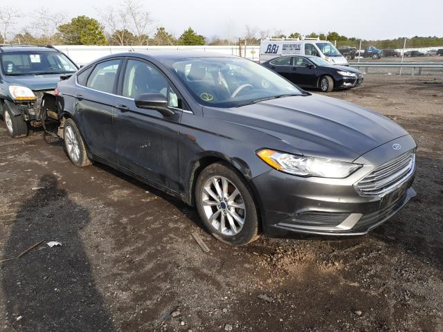Salvage cars for sale from Copart Brookhaven, NY: 2017 Ford Fusion SE