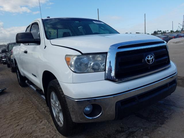 Salvage cars for sale from Copart West Palm Beach, FL: 2013 Toyota Tundra DOU