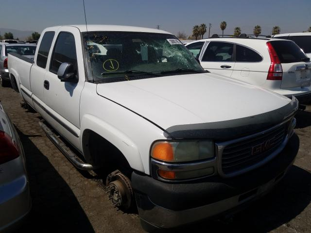 Salvage cars for sale from Copart Colton, CA: 2002 GMC Sierra C25