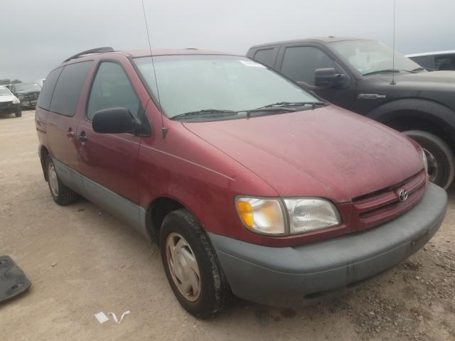Salvage cars for sale from Copart Temple, TX: 2000 Toyota Sienna LE