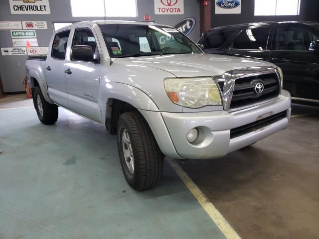 Salvage cars for sale from Copart East Granby, CT: 2006 Toyota Tacoma DOU